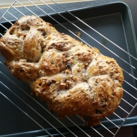 Walnut and Blue Cheese Bread