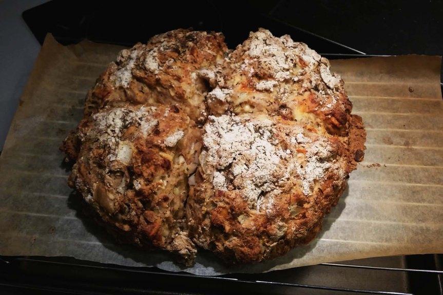 Onion Cheddar SodaBread