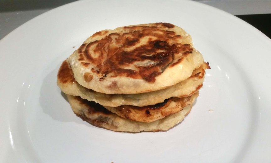 Hotteok (Korean Sweet Brown Syrup Pancakes)
