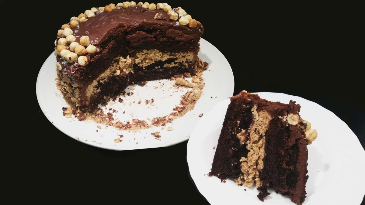 Devil's Food Cake with Crunchy Hazelnut Filling