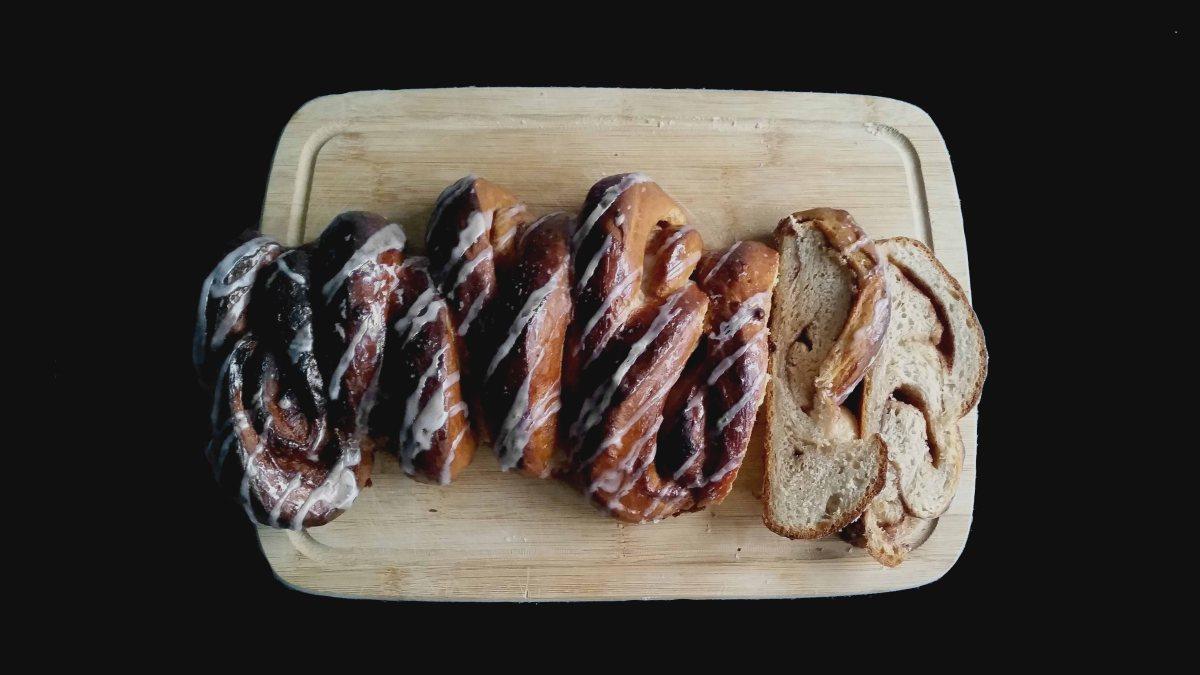 Kanellängd (Cinnamon Roll Loaf)