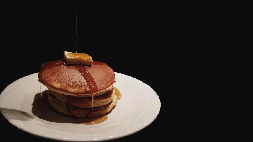 Fluffy Japanese-style Pancakes