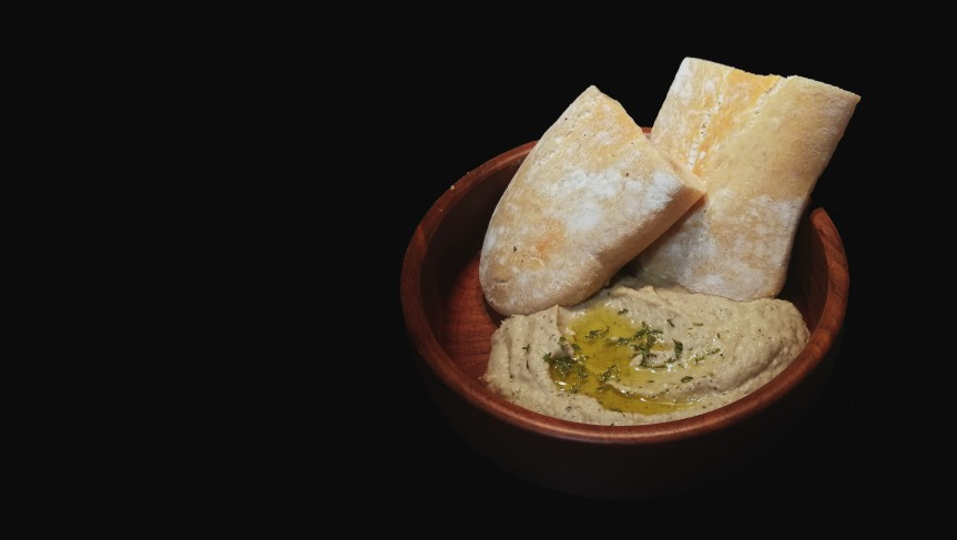 Sourdough Pita with Moutabbal Dip