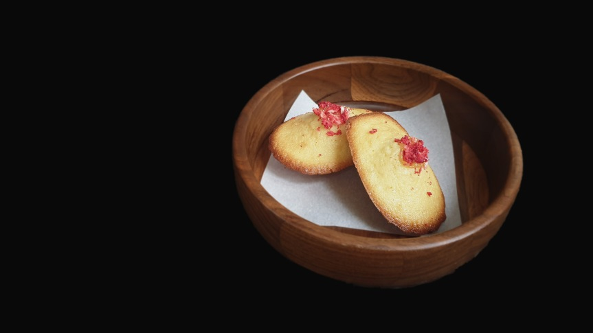 Rose Madeleines with Lemon Curd andStrawberries